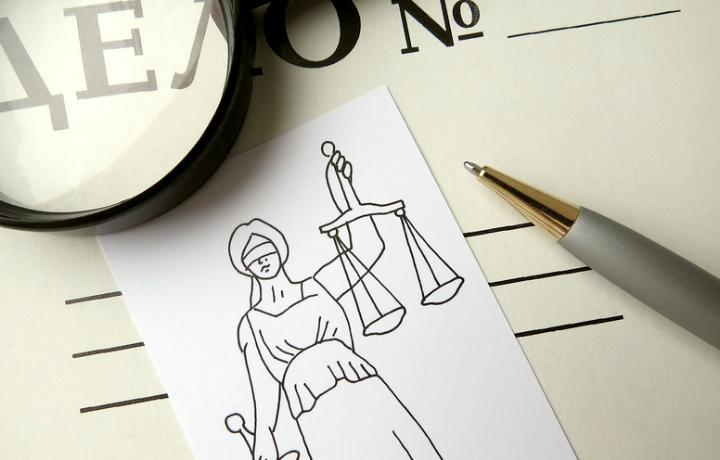 Адвокат добился повторного оправдания присяжными подзащитного, обвиняемого в убийстве соседки