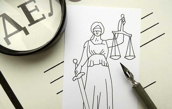 Адвоката две недели не допускают к участию в уголовном деле