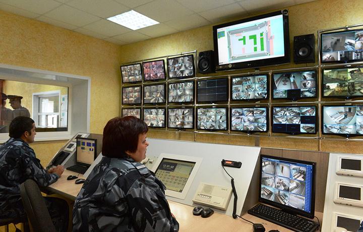 ЕСПЧ: Постоянное видеонаблюдение за заключенными нарушает их права
