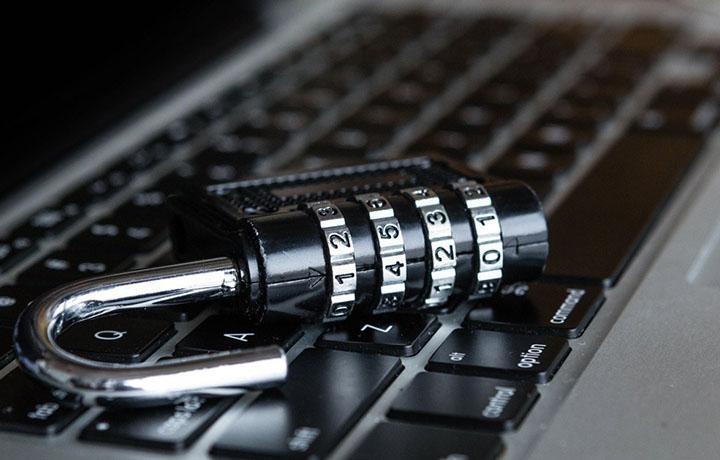ЕСПЧ присудил 10 тыс. евро в качестве компенсации морального вреда за блокировку сайта