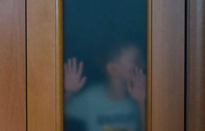 ЕСПЧ присудил 12,5 тыс. евро матери похищенных бывшим мужем детей за длительное неисполнение решения суда об их возвращении