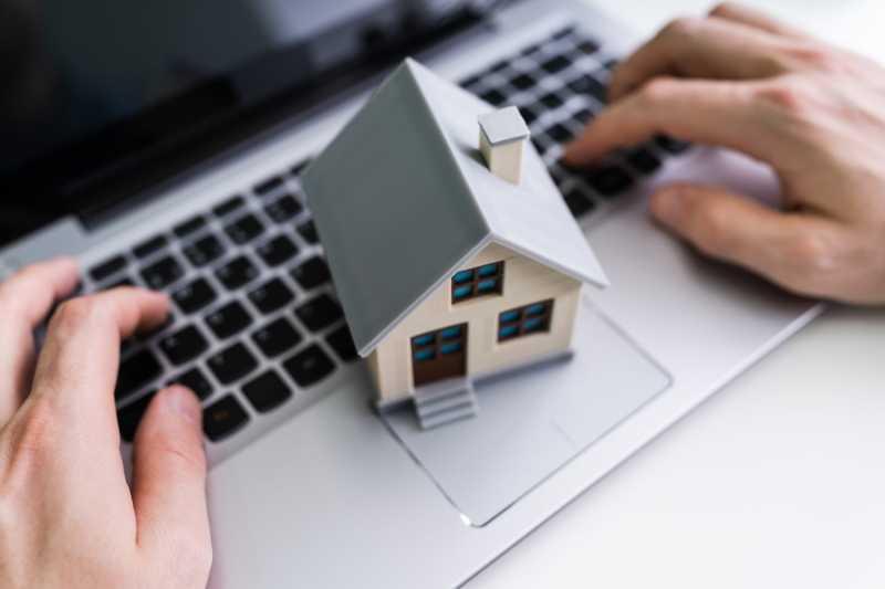 Квартиры неплательщиков ипотеки начнут продавать в Сети